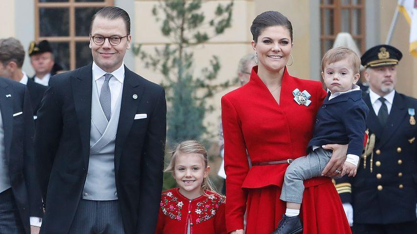 Daniel, Estelle, Victoria und Oscar von Schweden bei der Taufe von Prinz Gabriel von Schweden