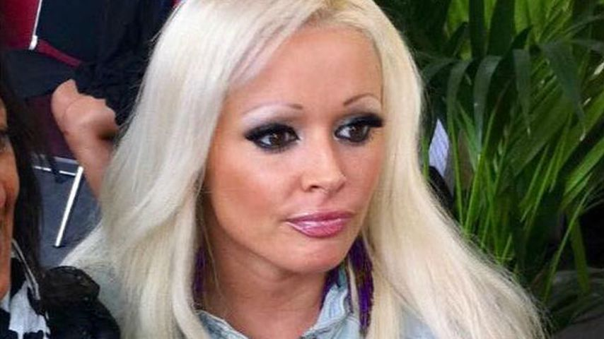 Peinliche Augenbrauen: Daniela beweist mal wieder Humor!