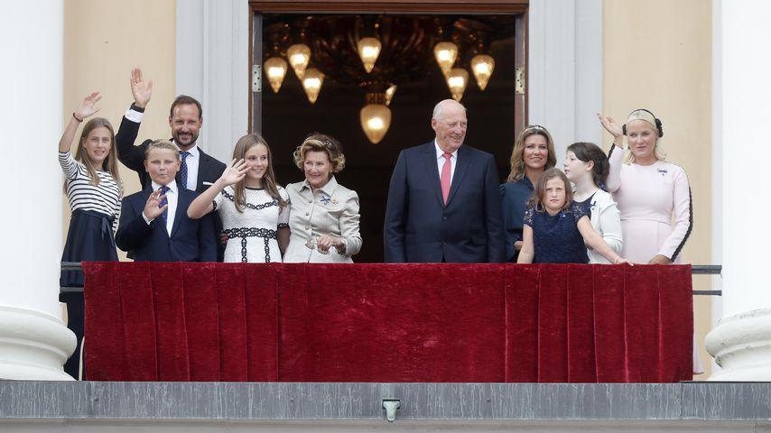 Das Königshaus Norwegen bei der goldenen Hochzeit von Königin Sonja und König Harald