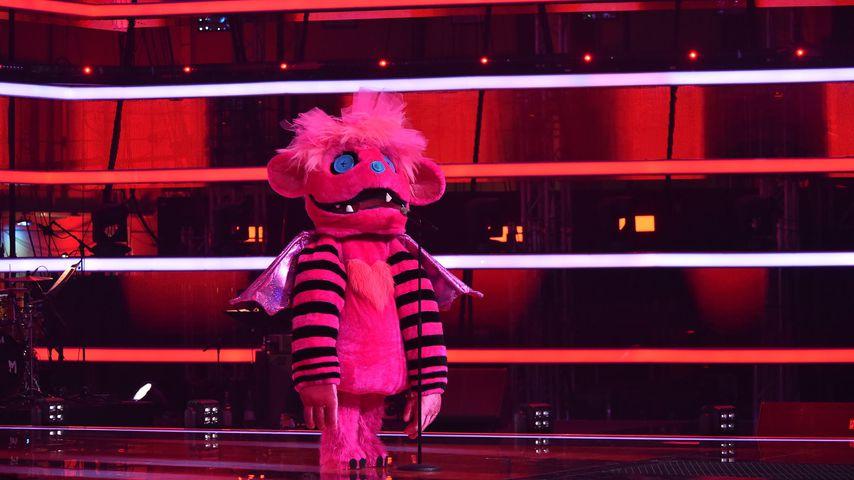 """""""The Masked Singer""""-Monster erobert """"The Voice Kids""""-Bühne"""