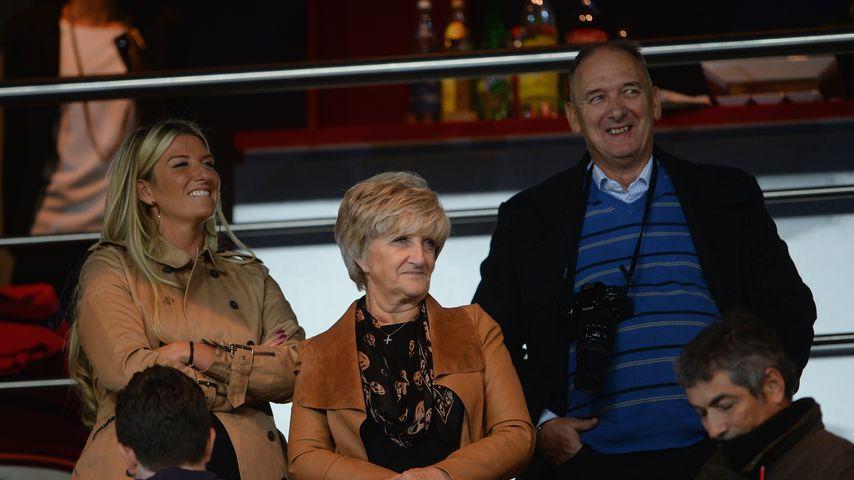 David Beckhams Schwester und ihre Eltern, Mai 2013