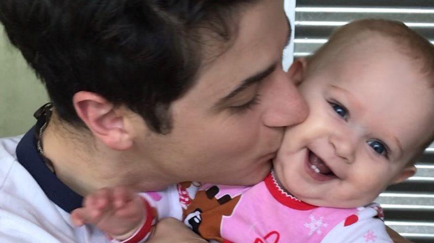 David Henrie mit seiner Tochter Pia