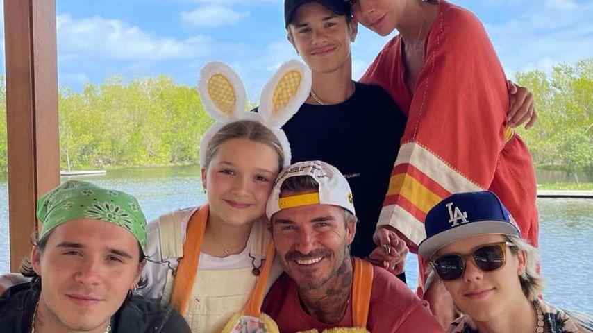 David und Victoria Beckham mit ihren vier Kindern an Ostern 2021
