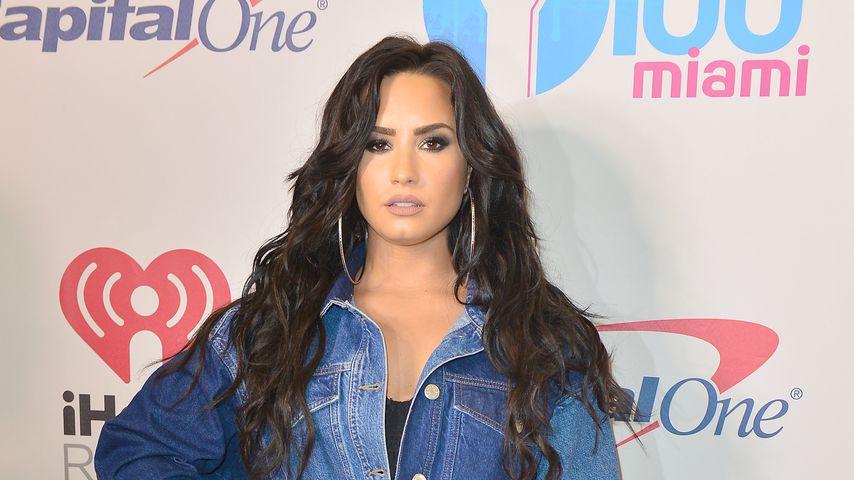 Fashion-Fail: Demi Lovato trägt einen Albtraum aus Jeans!