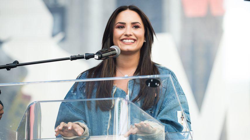 Demi Lovato in Los Angeles, 2017
