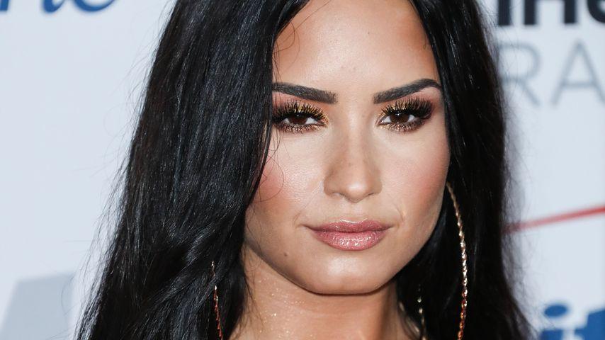 Ein Jahr nach Überdosis: Demi Lovato feiert mit Freunden!