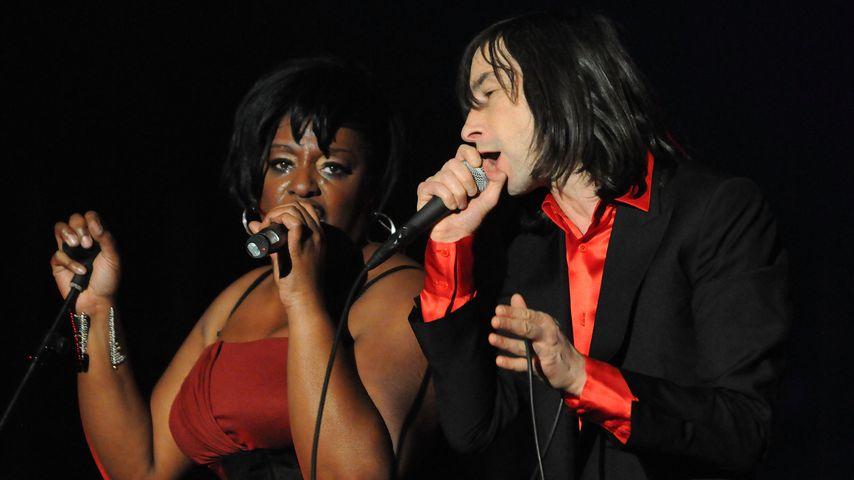 Denise Johnson und Bobby Gillespie im Jahr 2010