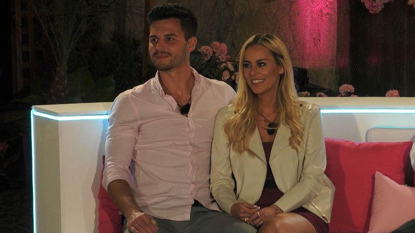 """Dennis und Nicole bei der """"Love Island""""-Paarungszeremonie"""
