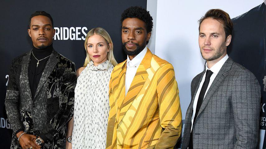 """Der Cast von """"21 Bridges"""" bei der Premiere des Films in NYC im November 2019"""