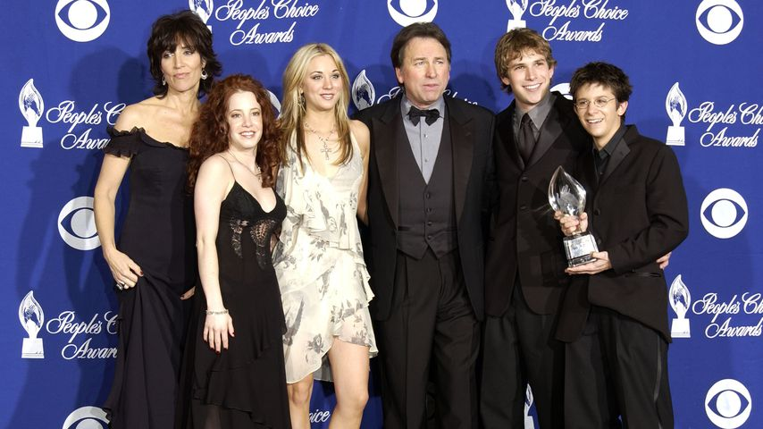 Katey Sagal, Amy Davidson, Kaley Cuoco, John Ritter, Billy Aaron Brown und Martin Spanjers