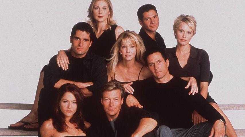 """Der Cast von """"Melrose Place"""", 1998"""