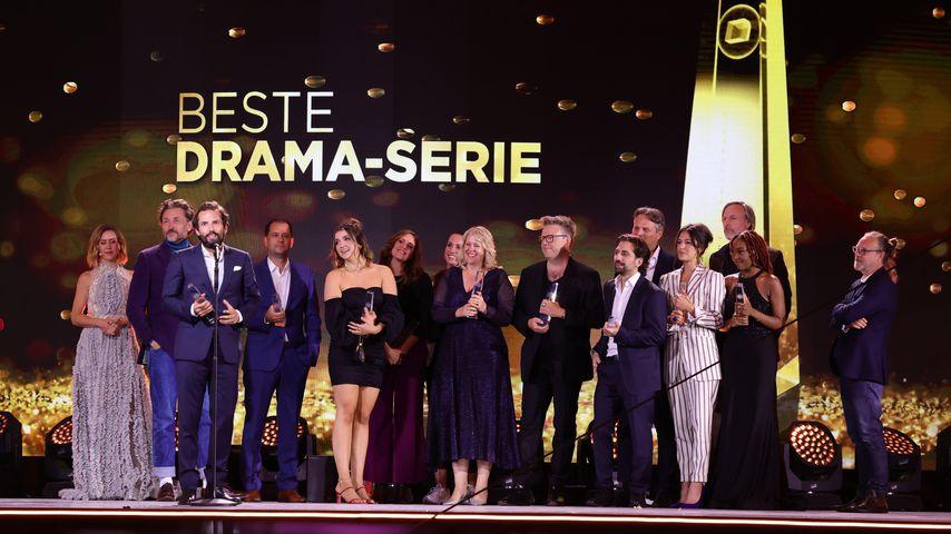 """Der Cast von """"Para – Wir sind King"""" beim Deutschen Fernsehpreis 2021"""