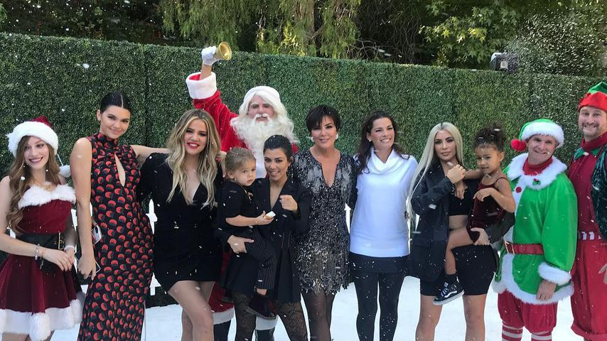 "Der Weihnachts-Cast von ""Keeping Up With The Kardashians"""