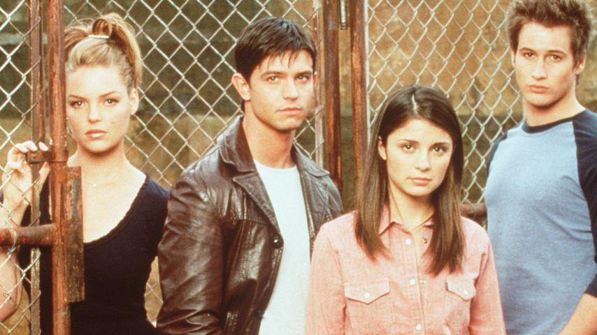 """Die ursprüngliche """"Roswell""""-Crew: Katherine Heigl, Jason Behr, Shiri Appleby & Brendan Fehr (v.l.)"""
