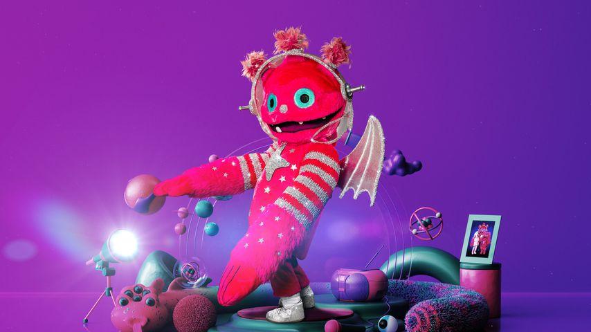 """Riesen-Promi? """"Masked Singer""""-Monstronaut ist 2,5 Meter groß"""