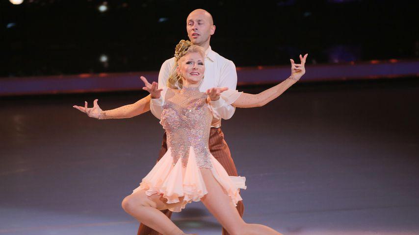 """Désirée Nick mit Alexander Gazsi bei """"Dancing on Ice"""""""