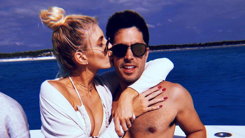 Überraschung: Victoria's Secret-Engel Devon ist verlobt!