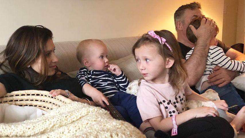 """""""Müde, aber glücklich"""": Familie Baldwin mit Baby zu Hause!"""