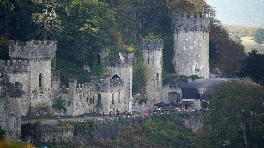 Die Burg Gwyrch Castle, Schauplatz des britischen Dschungelcamps 2020