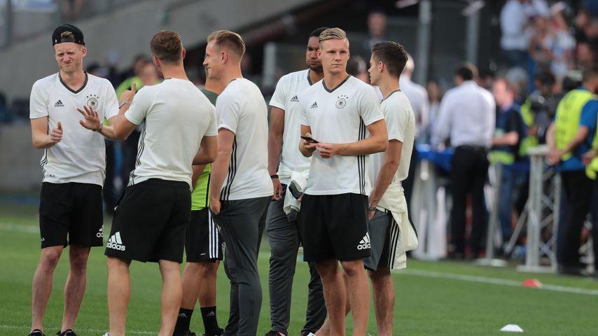Die deutschen Nationalspieler nach dem EM-Halbfinale 2016