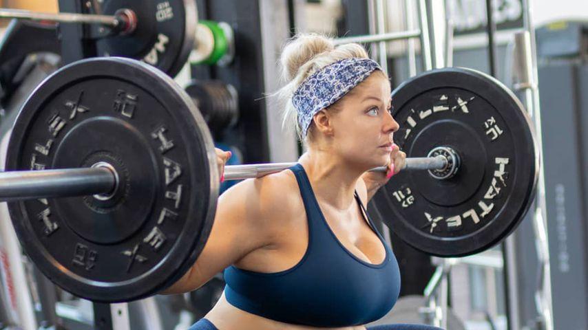 Trotz Babybauch: So hart trainiert Fitness-Model Mia Sand