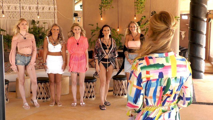 """Die Mädels von der zweiten Staffel """"Paradise Hotel"""" mit Angela Finger-Erben"""