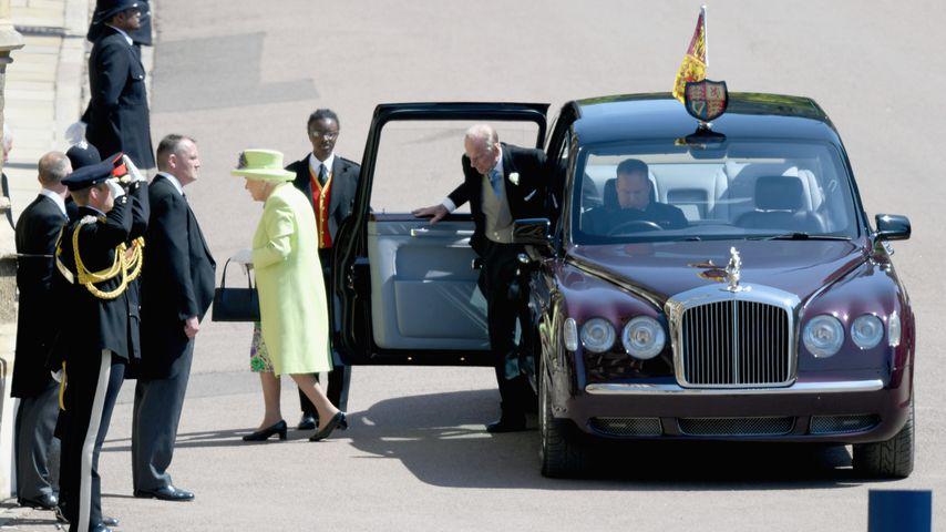 Queen Elizabeth II. und Prinz Philip auf Prinz Harrys Hochzeit