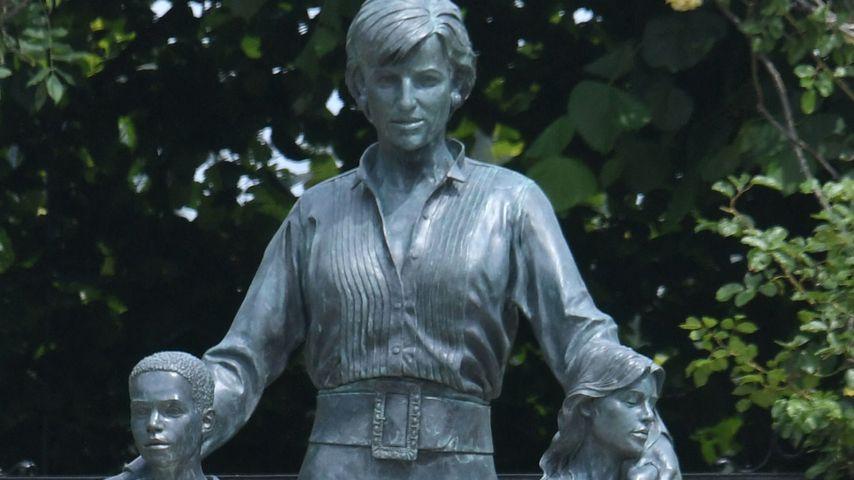 War dieses Foto die Vorlage für Prinzessin Dianas Denkmal?