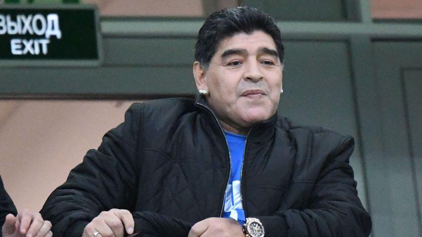 Vor Doppel-Stinkefinger: Maradona hatte Kreislaufkollaps!
