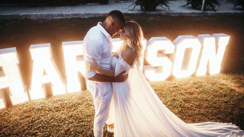 Dominic und Sarah Harrison auf ihrer Hochzeit im August 2019