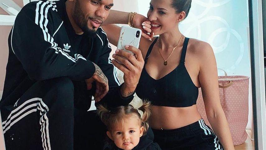 Dominic und Sarah Harrison mit ihrer Tochter Mia Rose, 2019