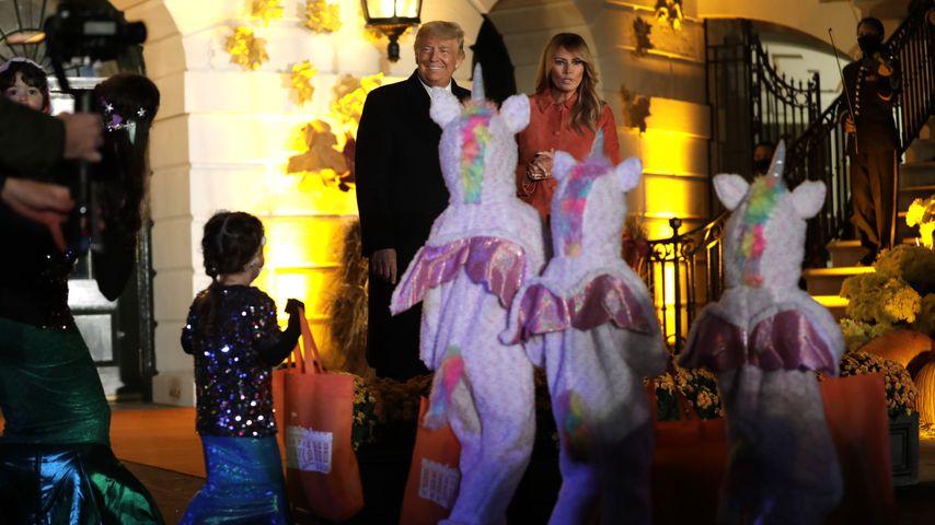 Donald und Melania Trump bei einer Halloween-Party im Weißen Haus