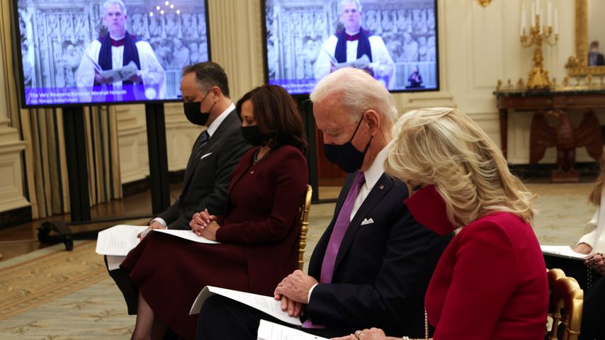 Doug Emhoff, Kamala Harris, Joe Biden und Jill Biden bei einem Gottesdienst, Januar 2021