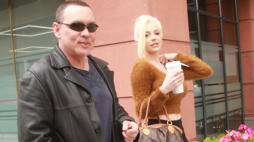 Doug Hutchison und Courtney Stodden beim Shopping in Hollywood