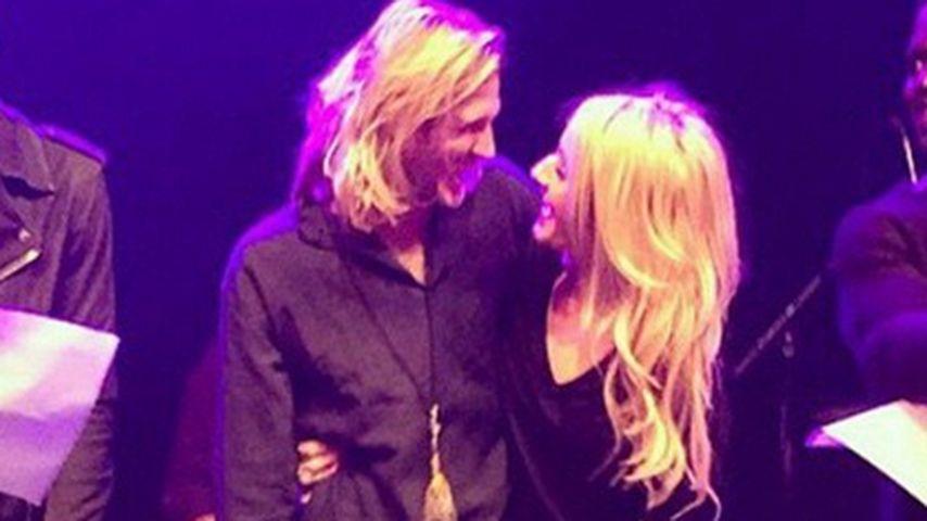 Ellie Goulding & Dougie: Liebes-Schau auf Bühne