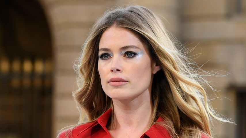 "Doutzen Kroes bei der ""Le Defile L'Oreal Paris""-Show in Paris, September 2019"