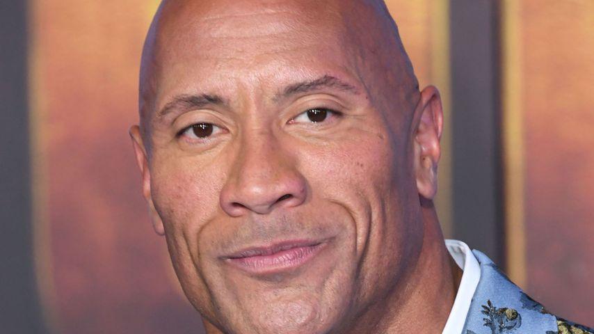 """Dwayne """"The Rock"""" Johnson und seine Familie hatten Corona"""