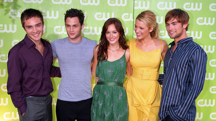 Ed Westwick, Penn Badgley, Leighton Meester, Blake Lively und Chace Crawford im Juli 2007 in West Ho
