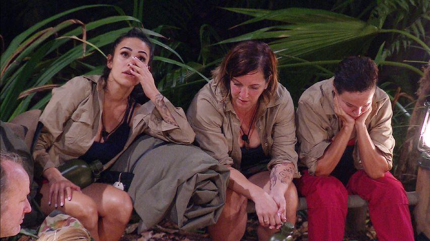 Elena Miras, Daniela Büchner und Sonja Kirchberger im Dschungelcamp