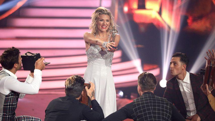 "Trotz Umknick-Drama: Ella im ""Let's Dance""-Finale sehr stark"