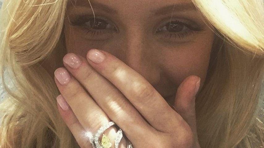 Was will sie mitteilen? Ist Ellie Goulding etwa verlobt?