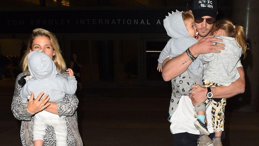 Chris Hemsworth und Elsa Pataky mit ihren Kindern India, Tristan und Sasha