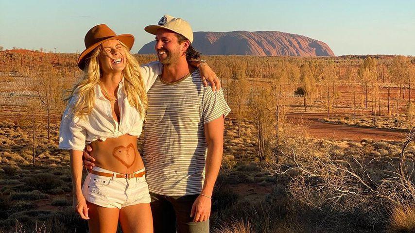 Elyse Knowles und Josh Barker