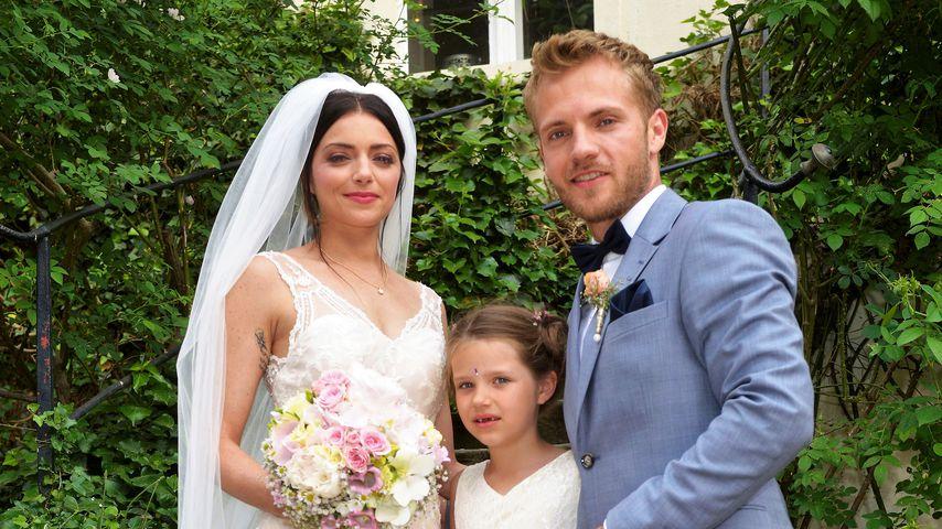 Emily (Anne Menden) und Paul (Niklas Osterloh) mit Emilys Tochter Kate