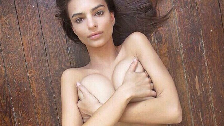 Monster-Brüste! Emily Ratajkowski zieht wieder blank