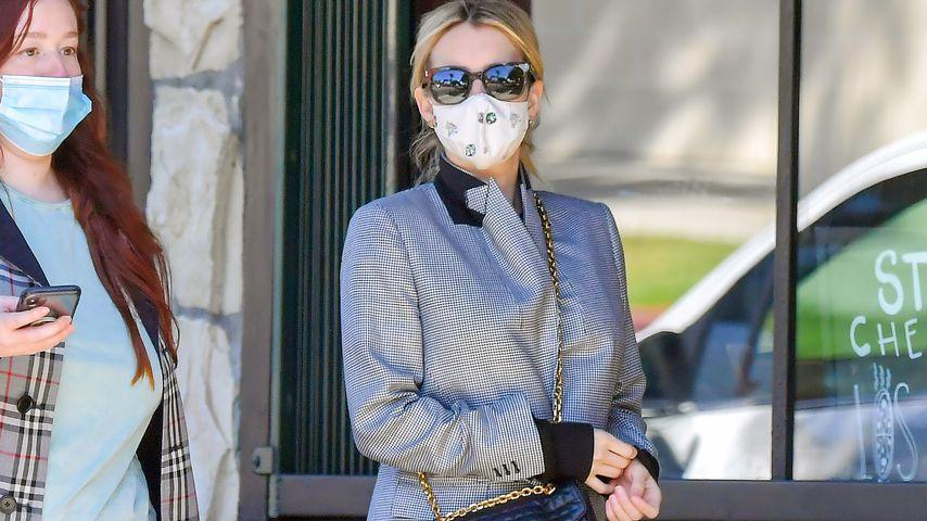 Versteckt: Hier fehlt von Emma Roberts' Babybauch jede Spur