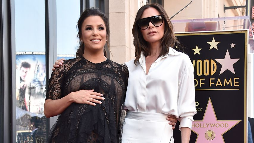 Eva Longoria und Victoria Beckham auf Eva Longoria's Star Ceremony in Hollywood