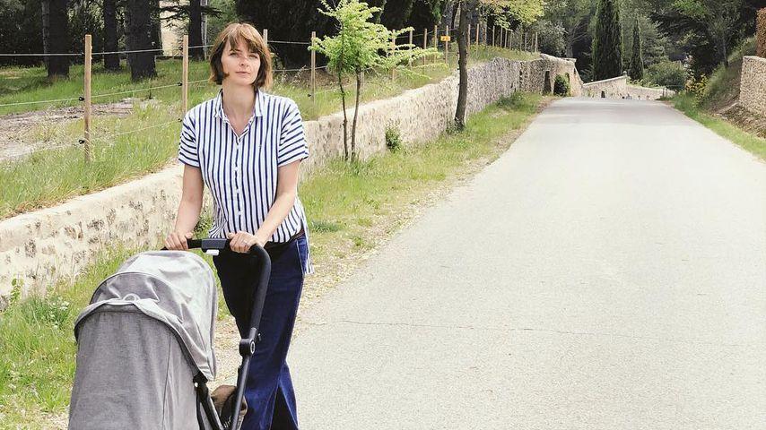 Eva Padberg und ihre Tochter im April 2019