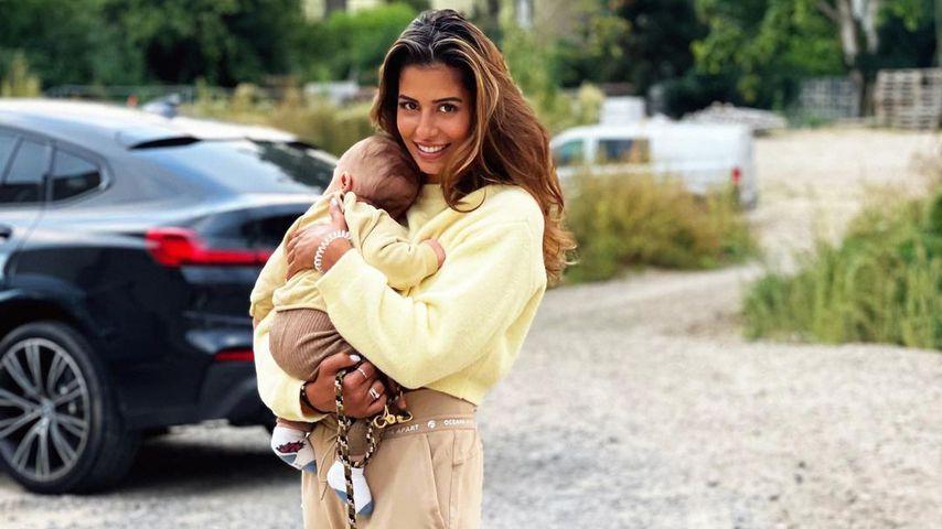 Wie süß! Eva Benetatou im Partnerlook mit ihrem Baby George