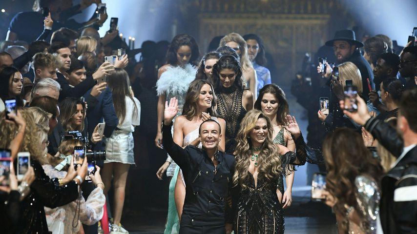Fashion Show von Julien Macdonald